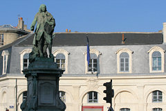 Place Tourny : statue de l'Intendant | photo 33-bordeaux.com