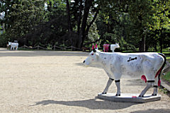Cow Parade de Bordeaux : vache marylin Cow, Jardin Public