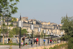 Bordeaux : jogging sur le parc des Sports Saint Michel