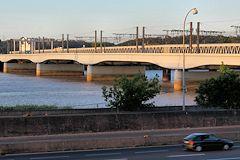 Histoire et photos de la passerelle eiffel l 39 ancien pont ferroviaire de b - Pont ferroviaire de bordeaux ...